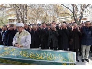 CHP Genel Başkanı Kılıçdaroğlu, Temizel'in Annesinin Cenazesine Katıldı