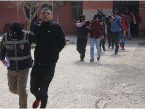 Korsan Gösteriye Katılan PKK Yandaşları Adliyeye Sevk Edildi
