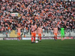 Adanaspor'un Bileği Bükülmüyor