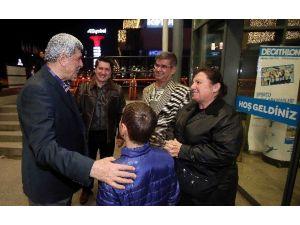 Başkan Karaosmanoğlu, Teröre Tepki İçin AVM'yi Gezdi