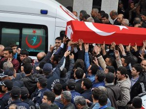 Şehit komiser yardımcısı Kıymacı son yolculuğuna uğurlandı