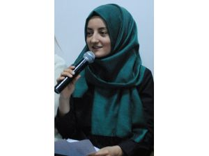 Niyazi-i Mısri Haftası'nda, Gençlerden Mısri Şiirleri Dinletisi