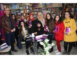 Zonguldaklı Yazar Kılıçarslan, yeni kitabı 'Deli'yi tanıttı