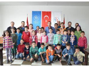 18 Mart Şehitleri Anma Günü Ve Çanakkale Deniz Zaferi Satranç Turnuvası Sona Erdi