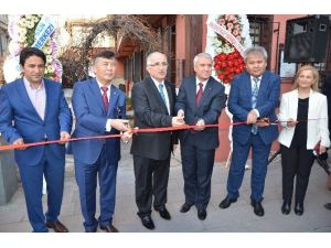 Anadolu Üniversitesi'nde Türk Dünyası Araştırma Merkezi Açıldı