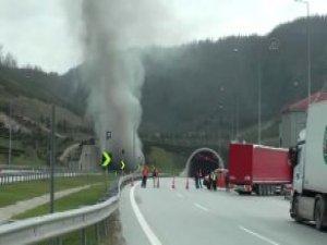 Bolu Dağı Tüneli'nde Yangın! Tünel Ulaşıma Kapandı