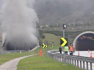 Bolu Dağı Tüneli alev alan tır nedeniyle ulaşıma kapandı