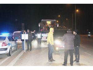 Polis Ve Jandarma Yol Kontrollerine Devam Ediyor