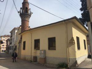 Tarihi Camiden 200 Yıllık El Yazması Kur'an-ı Kerim Çalındı