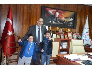 Madalya Rekortmeni Özel Sporcular Fındıklı'yı Ziyaret Etti