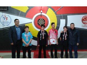 Bozüyüklü Dartçılar Madalyaları Topladı