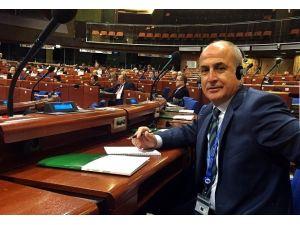 """Başkan Dr. Hasan Akgün: """"Eğitimsiz İnsan Teröre Taşeron Olur"""""""