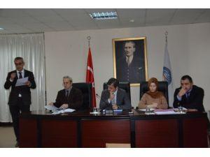 Akçakoca Belediye Meclisi Olağanüstü Toplandı