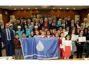 Dünya Su Günü'nde Mavi Bayraklarını Aldılar