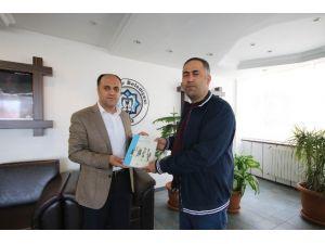 """""""Yönetim Bilimi"""" Kitabını Yazan Öğretmen, Özaltun'a Ziyaret"""