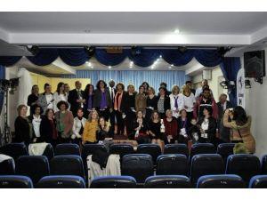 Söke Kent Konseyi Kadın Meclisi Aşık Veysel'i Şiir Dinletisi'nde Andı