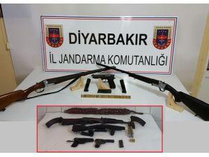 Diyarbakır'da silah ve mühimmat operasyonu