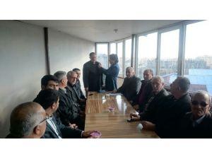 LDP'li Meclis Üyesi AK Parti'ye Geçti