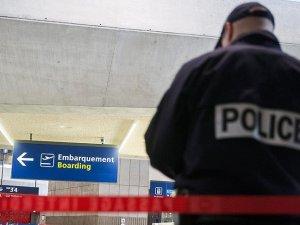 Fransa'nın Toulouse-Blagnac Havalimanı boşaltıldı
