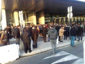 Belçika'dan Sonra Fransa'da Büyük Panik! Havalimanı Boşaltıldı, Korkulan Olmadı