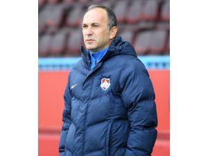 1461 Trabzon'da teknik direktör Akbayrak, görevini bıraktı