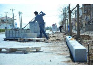 Karaman'da Kaldırım Çalışmaları Devam Ediyor