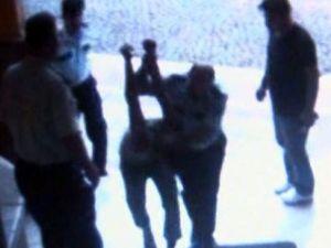 Bergama'da Karakolda Dayak Davası Yine Ertelendi