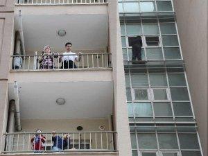 Polis 'Bak Ezan Okunuyor' Deyince, İntihardan Vazgeçti