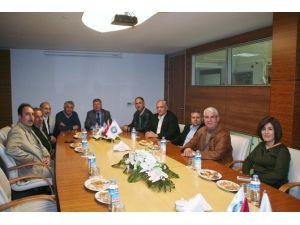 İran Heyeti Yatırım Olanaklarını Anlatmak İçin Menemen'de