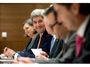 ABD Dışişleri Bakanı Jonh Kerry, Moskova'da