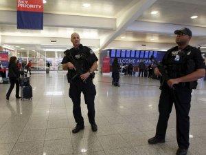 ABD'de bir havalimanı boşaltıldı