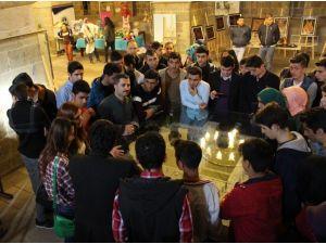 Gençler, Battalgazi'de Tarihi Mekanları Gezdi