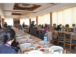 Erzurum'da Yaşlılar Günü Etkinlikleri