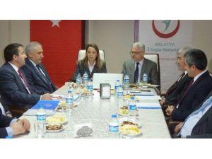 Çalık'dan, Sağlık Kuruluşu Yöneticileri İle İstişare Toplantısı