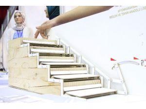 Merdivenler Engelliler İçin Artık Engel Olmayacak