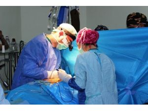 Çanakkale'de Karotis Endarterektomi Ameliyatı Gerçekleştirildi