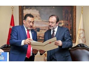 Milletvekili Şükrü Nazlı, Diyanet İşleri Başkanı Mehmet Görmez'i Ziyaret Etti