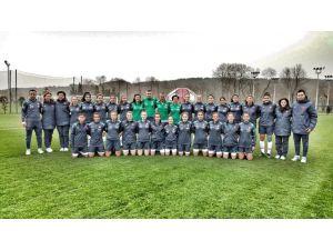 U17 Futbol Kız Millilerin kampı devam ediyor