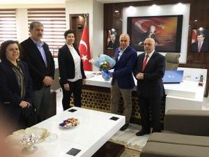 Hak-iş Genel Başkanı Arslan'dan Başkan Çalışkan'a Ziyaret