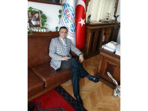 Uluslararası Üniversiteler Konseyi Başkanı Orhan Hikmet Azizoğlu: