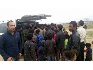 Kulu'da Hayırseverlerden Suriyelilere Yardım