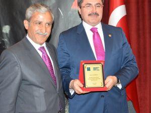AK Partili Özkaya, Türkiye'nin yol haritası için başkanlık sistemi istedi
