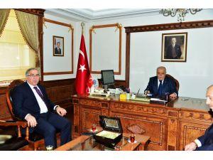 TOKİ Başkanı Kırşehir'i ziyaret etti