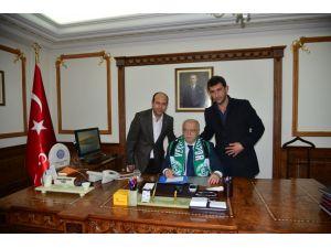 Vali Şentürk: Yeşil Kırşehirspor daha iyi yerlere gelecek