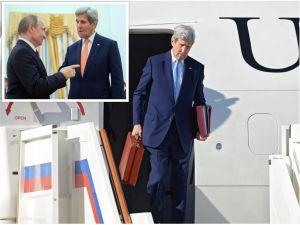 Kerry'nin uçakta inerken taşıdığı çanta Putin'in de dikkatini çekmiş