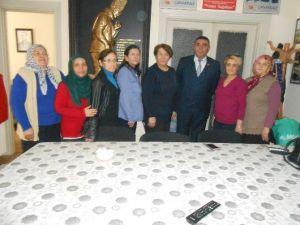 Ülkücü Kadınlardan Gaziler, Şehit, Dul Ve Yetimleri Derneği Eskişehir Şubesi'ne Ziyaret