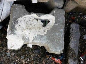 Teröristler 'Kilit Taşa' Bomba Döşedi