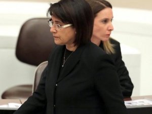 Leyla Zana'nın Sekreter, Danışman ve Yardımcı Personeli İşten Çıkarılmış