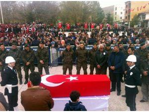Cumhurbaşkanı Erdoğan Şehit Polisin Cenazesine Katıldı