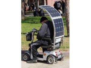 Güneş Enerjili Engelli Aracı